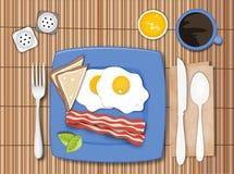 烟肉和鸡蛋 免版税图库摄影
