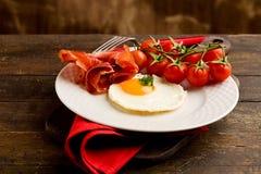 烟肉早餐怂恿英语 免版税库存图片