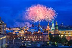 烟花克里姆林宫近莫斯科 库存照片