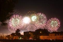 烟花国际节日在莫斯科 库存照片
