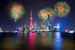 烟花在上海,中国庆祝国庆节 免版税库存图片