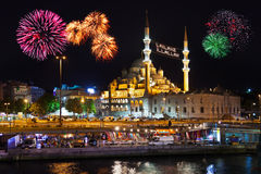 烟花在伊斯坦布尔土耳其 库存图片