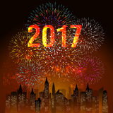烟花显示在城市上的新年好2017有时钟的 向量例证