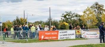 烟草零售商buralistes人抗议在欧洲前面 免版税图库摄影