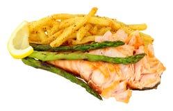 烤三文鱼内圆角和油炸物膳食 免版税库存图片