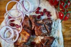 烤在一个热的格栅JPG的牛肉Kebabs 免版税图库摄影