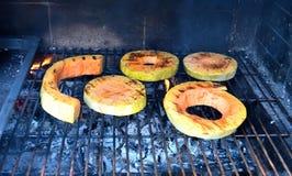 烤在烤的火腿和瓜 库存照片