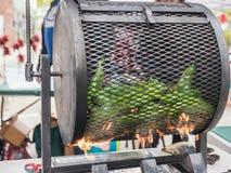 烤在Corvallis农夫市场上的胡椒 免版税库存照片