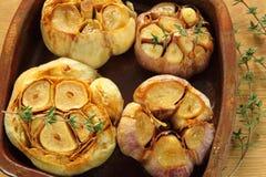 烤大蒜。 库存图片
