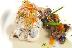 烤宽面条蘑菇 免版税库存照片