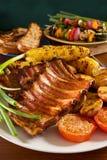 烤猪排 免版税库存图片