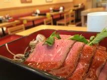 烤的牛肉 免版税库存照片