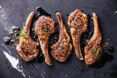 烤的羊羔肋骨 免版税图库摄影