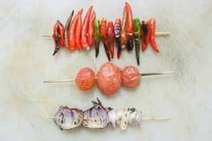烤的青葱,烤的蕃茄,烤的辣椒 库存图片