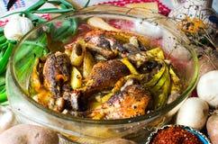 烤箱被烘烤的鸡 免版税库存图片