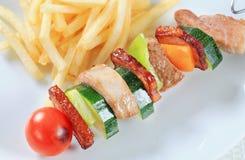 烤肉串用油炸物 免版税库存图片