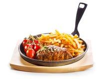 烤肉用在平底锅的炸薯条 免版税库存照片