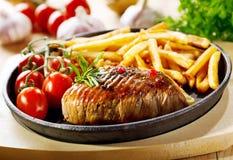 烤肉用炸薯条 库存图片
