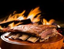 烤肉肋骨,传统巴西烤肉 免版税库存照片