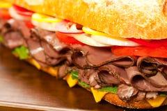 烤肋条肉三明治 库存照片