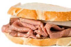 烤肋条肉三明治 免版税库存图片