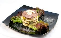烤肋条肉沙拉 库存图片
