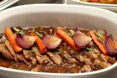 烤肋条肉用小汤调味汁 免版税图库摄影