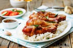 烤蜂蜜大豆大蒜姜鸡 图库摄影