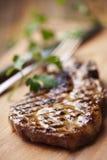 烤里脊肉牛排 免版税图库摄影