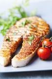烤鲑鱼排 免版税图库摄影