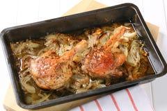 烤鸭行程用香芹籽和葱 库存图片