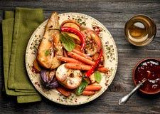 烤水果和蔬菜 免版税库存照片