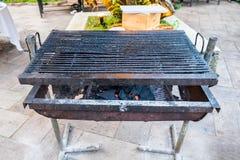 烧为bbq的黑格栅木炭 免版税图库摄影