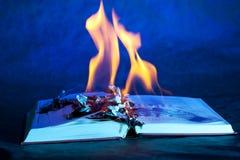 烧伤书 免版税库存图片