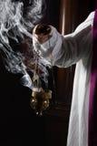 烧在教会里的香火 库存图片