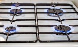 烧在煤气炉在厨房里 库存照片