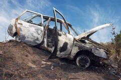 烧毁的汽车 库存图片