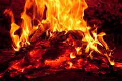 烧采煤火的灰 库存照片