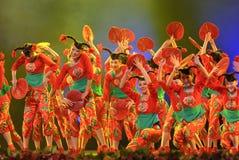 热中国人舞蹈民间的女孩 库存图片