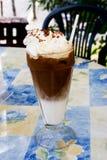 热奶咖啡冰 免版税库存照片