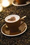 热奶咖啡华伦泰 免版税库存图片