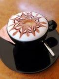 热奶咖啡杯子 图库摄影