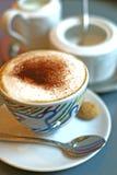 热奶咖啡颜色垂直 库存照片