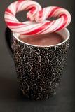 热巧克力和糖果心脏 库存图片