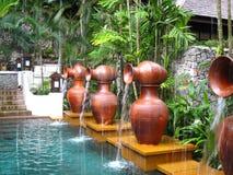 热带中心室外手段的温泉 免版税库存照片