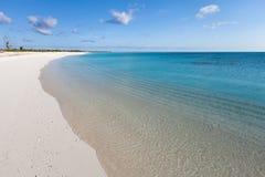 热带天堂白色沙子海滩 库存图片