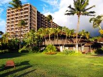 热带旅馆豪华的设置 免版税图库摄影