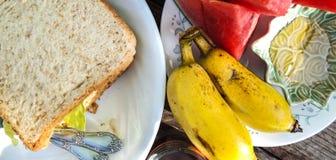 热带早餐。 免版税图库摄影