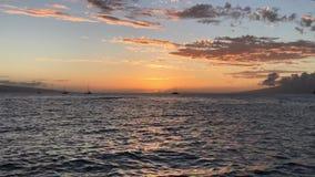 热带橙色日落的Timelapse 股票录像
