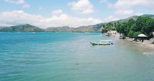 热带海岛异乎寻常的空中风景  股票录像